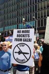 Pro-Israeli-Rally-6_6_10-013RocketsGaza